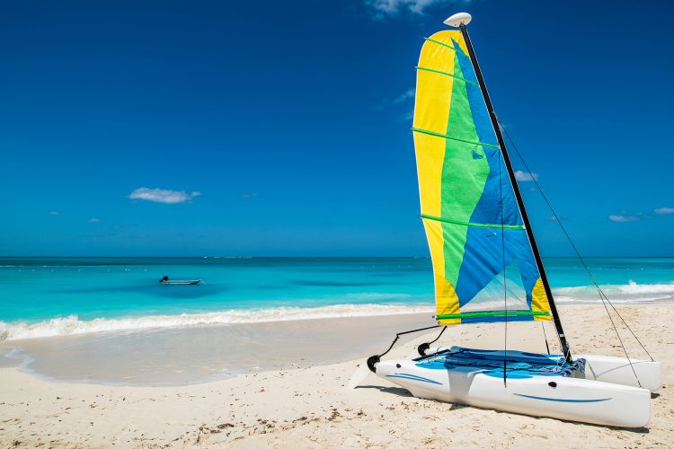 catamaran-on-turks-and-caicos-beach
